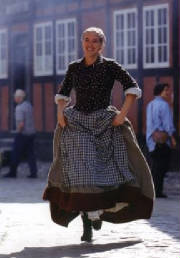 danish-scholars-folk-1001-international-students-dress.jpg