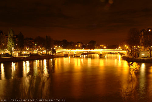 seine_in_paris_by_night.jpg